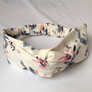 New w/o tags Canvas Boho Twist Headband
